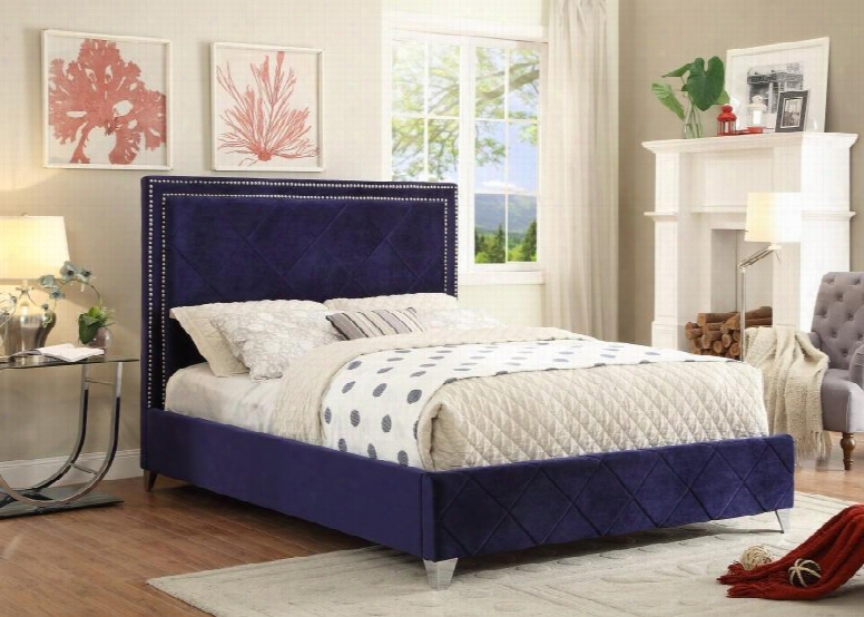 Hampton Hampton Navy-k King Size Bed With Chromeo Naiheads Quilted Design And Full Slaats In Navy